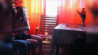 Пара снимает порно видео