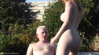 Порно старику вызвали шлюху фото 746-414