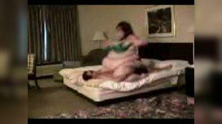 Смотреть бесплатно порно пухлая пизда кр планом фото